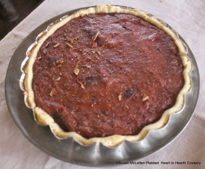 "After the receipt (recipe) ""To make a Plum-taert"" has been baked in the bake kettle without an upper crust then sprinkle with Cinnamon and it is ready for the table."